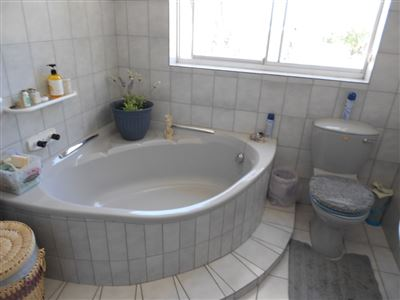 Yzerfontein property for sale. Ref No: 13466114. Picture no 19