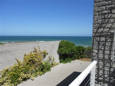 Yzerfontein property for sale. Ref No: 13466114. Picture no 27