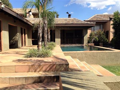 Bloemfontein, Pentagon Park Property  | Houses For Sale Pentagon Park, Pentagon Park, Townhouse 3 bedrooms property for sale Price:2,150,000