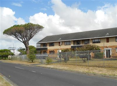 Cape Town, Bergvliet Property  | Houses To Rent Bergvliet, Bergvliet, Flats 2 bedrooms property to rent Price:, 11,00*