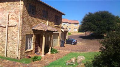 Johannesburg, Elandspark Property    Houses For Sale Elandspark, Elandspark, Townhouse 3 bedrooms property for sale Price:749,999