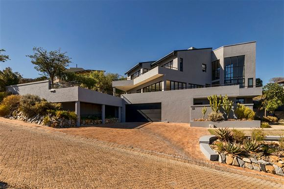 Stunning Sea Views in Boskloof Eco Estate - Somerset West!!