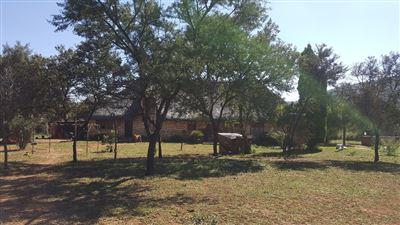 Property and Houses for sale in Kameelfontein, House, 4 Bedrooms - ZAR 2,470,000