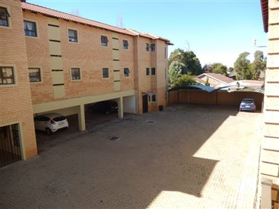 Die Bult property for sale. Ref No: 13485601. Picture no 4
