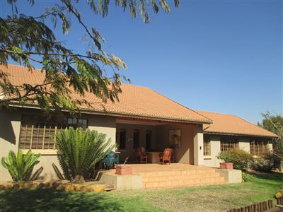 Leeuwfontein property for sale. Ref No: 13511149. Picture no 1