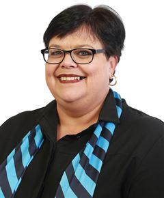 Tracy Staude