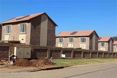 Raslouw property for sale. Ref No: 13410323. Picture no 1