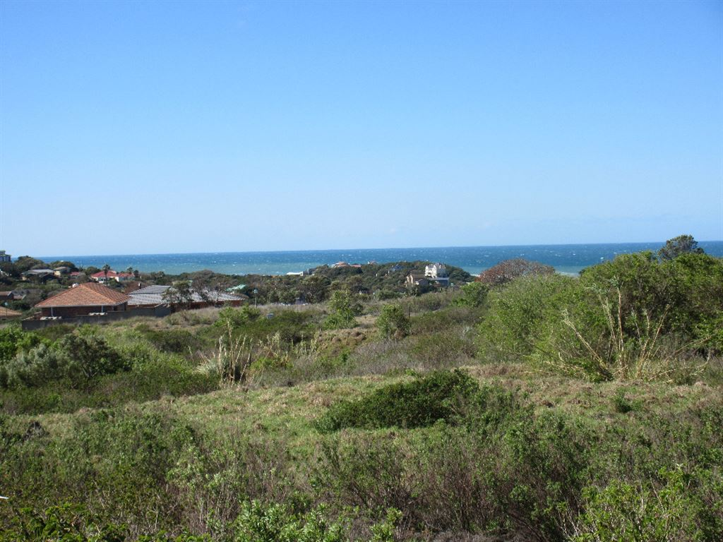 Stunning sea views from this vacant land