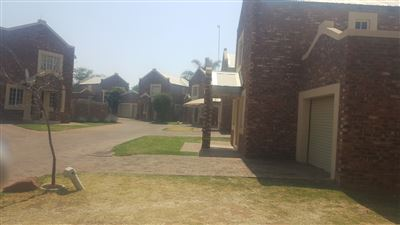 Property and Houses to rent in Klerksdorp (All), Townhouse, 2 Bedrooms - ZAR ,  5,50*,M