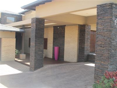 Sable Hills property for sale. Ref No: 13532158. Picture no 2