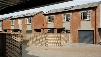 Raslouw property for sale. Ref No: 13410178. Picture no 1