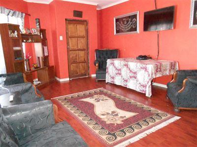 Mitchells Plain Central property for sale. Ref No: 13540196. Picture no 1