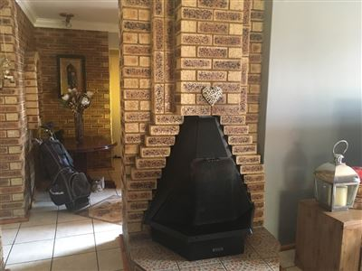 Parys property for sale. Ref No: 13546668. Picture no 9