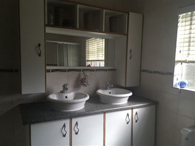 Parys property for sale. Ref No: 13546668. Picture no 22