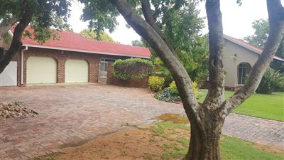 Klerksdorp, Flamwood Property  | Houses For Sale Flamwood, Flamwood, House 3 bedrooms property for sale Price:1,380,000