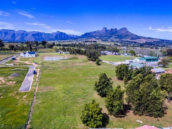 Exquisite country estate