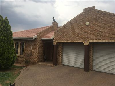 Parys for sale property. Ref No: 13546668. Picture no 2