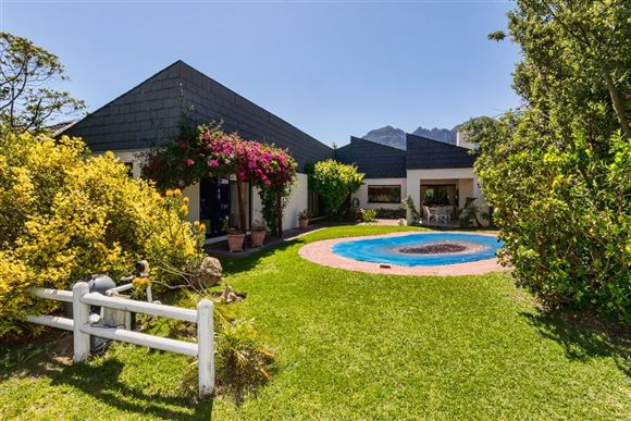 Incredible Value in Erinvale Golf Estate, Somerset West
