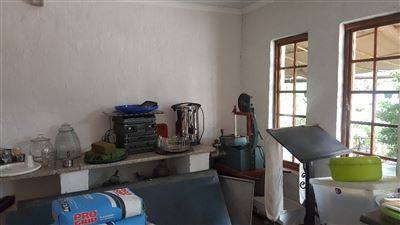 Derdepoort property for sale. Ref No: 13551745. Picture no 22