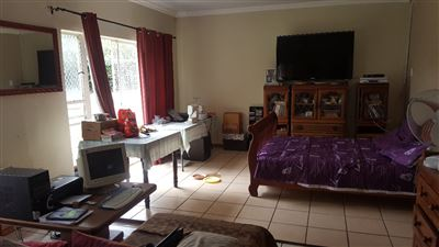 Derdepoort property for sale. Ref No: 13551745. Picture no 35