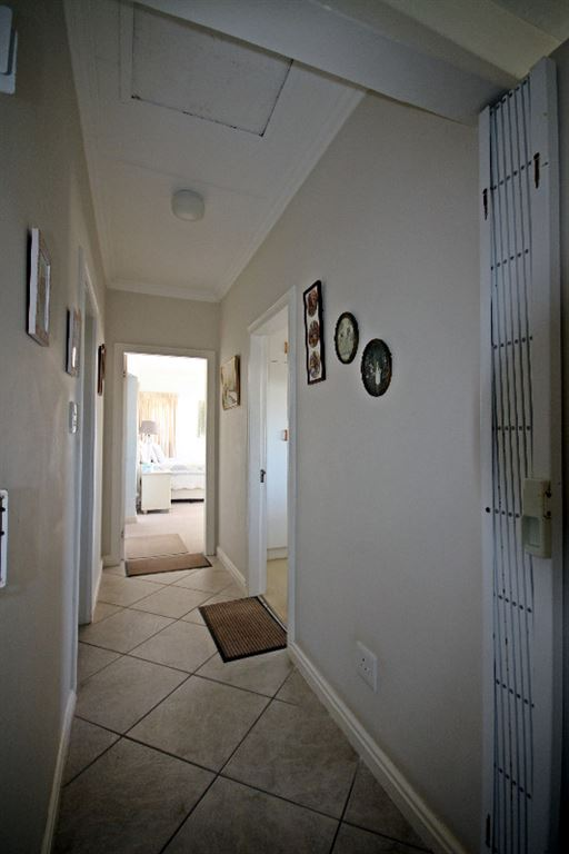 Tiled passage way