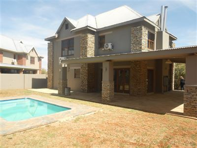Property and Houses to rent in Free State, House, 4 Bedrooms - ZAR , 15,00*,M