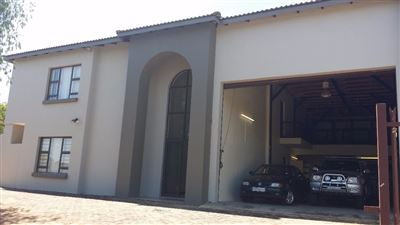 Commercial for sale in Rooihuiskraal