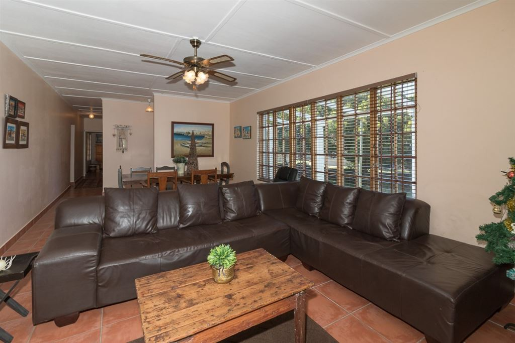 Four Bedroom House For Sale In Port Alfred, second view of the living room.