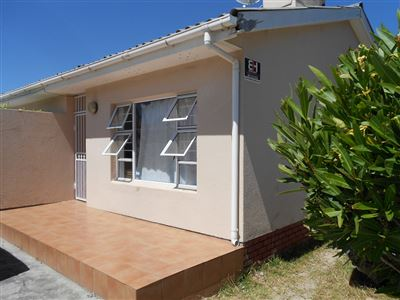 Cape Town, Heathfield Property  | Houses For Sale Heathfield, Heathfield, House 4 bedrooms property for sale Price:1,690,000