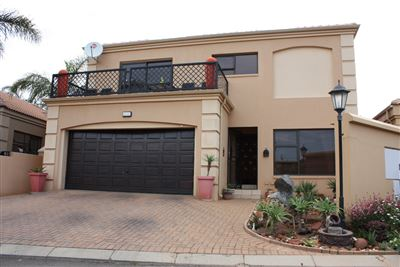 Krugersdorp, Noordheuwel Property  | Houses For Sale Noordheuwel, Noordheuwel, Cluster 3 bedrooms property for sale Price:2,200,000