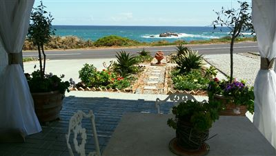 Yzerfontein property for sale. Ref No: 13573469. Picture no 37