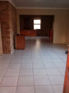 Potchefstroom Central property for sale. Ref No: 13574537. Picture no 22