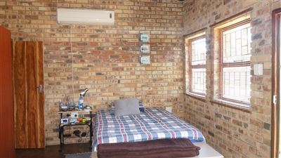 Potchefstroom Central property for sale. Ref No: 13574537. Picture no 11