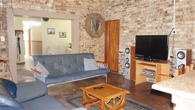 Potchefstroom Central property for sale. Ref No: 13574537. Picture no 5