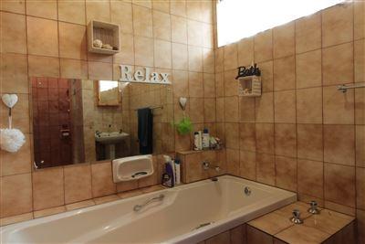 Bronkhorstspruit Central property for sale. Ref No: 13575869. Picture no 12