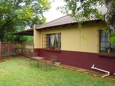 Leeuwfontein property for sale. Ref No: 13577212. Picture no 19