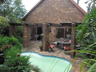 Property and Houses for sale in Die Heuwel Xx Ext, House, 3 Bedrooms - ZAR 1,395,000