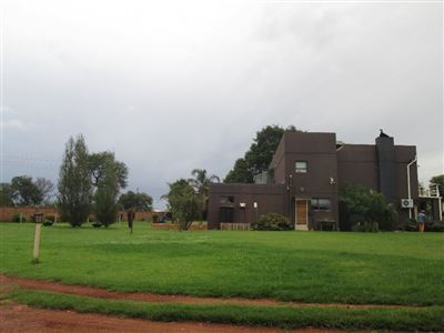 Raslouw property for sale. Ref No: 13584178. Picture no 30