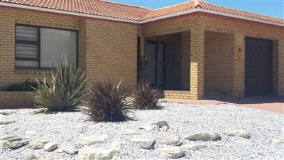 House for sale in Yzerfontein