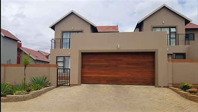 Bloemfontein, Wild Olive Estate Property  | Houses For Sale Wild Olive Estate, Wild Olive Estate, Townhouse 3 bedrooms property for sale Price:1,819,000