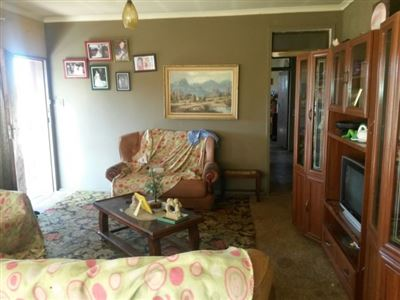 Property and Houses for sale in Proclamation Hill, Flats, 2 Bedrooms - ZAR 375,000