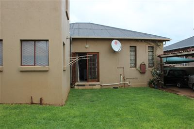 Krugersdorp, Krugersdorp North Property  | Houses For Sale Krugersdorp North, Krugersdorp North, House 4 bedrooms property for sale Price:840,000