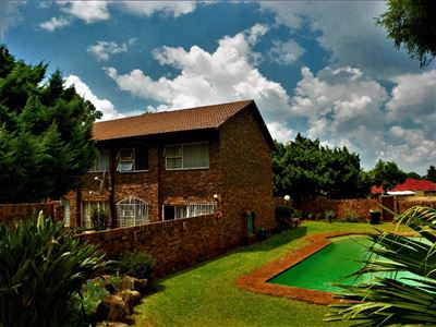Roodepoort, Fleurhof Property  | Houses For Sale Fleurhof, Fleurhof, Townhouse 3 bedrooms property for sale Price:639,000