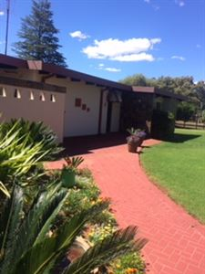 Property and Houses for sale in Valhalla, House, 3 Bedrooms - ZAR 1,850,000