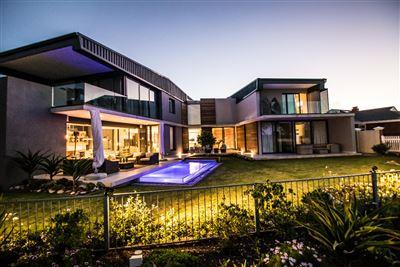 Port Elizabeth, Walmer Property  | Houses For Sale Walmer, Walmer, House 4 bedrooms property for sale Price:10,900,000