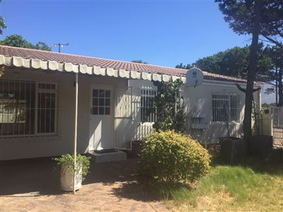 Cape Town, Pinelands Property    Houses To Rent Pinelands, Pinelands, House 3 bedrooms property to rent Price:, 14,00*