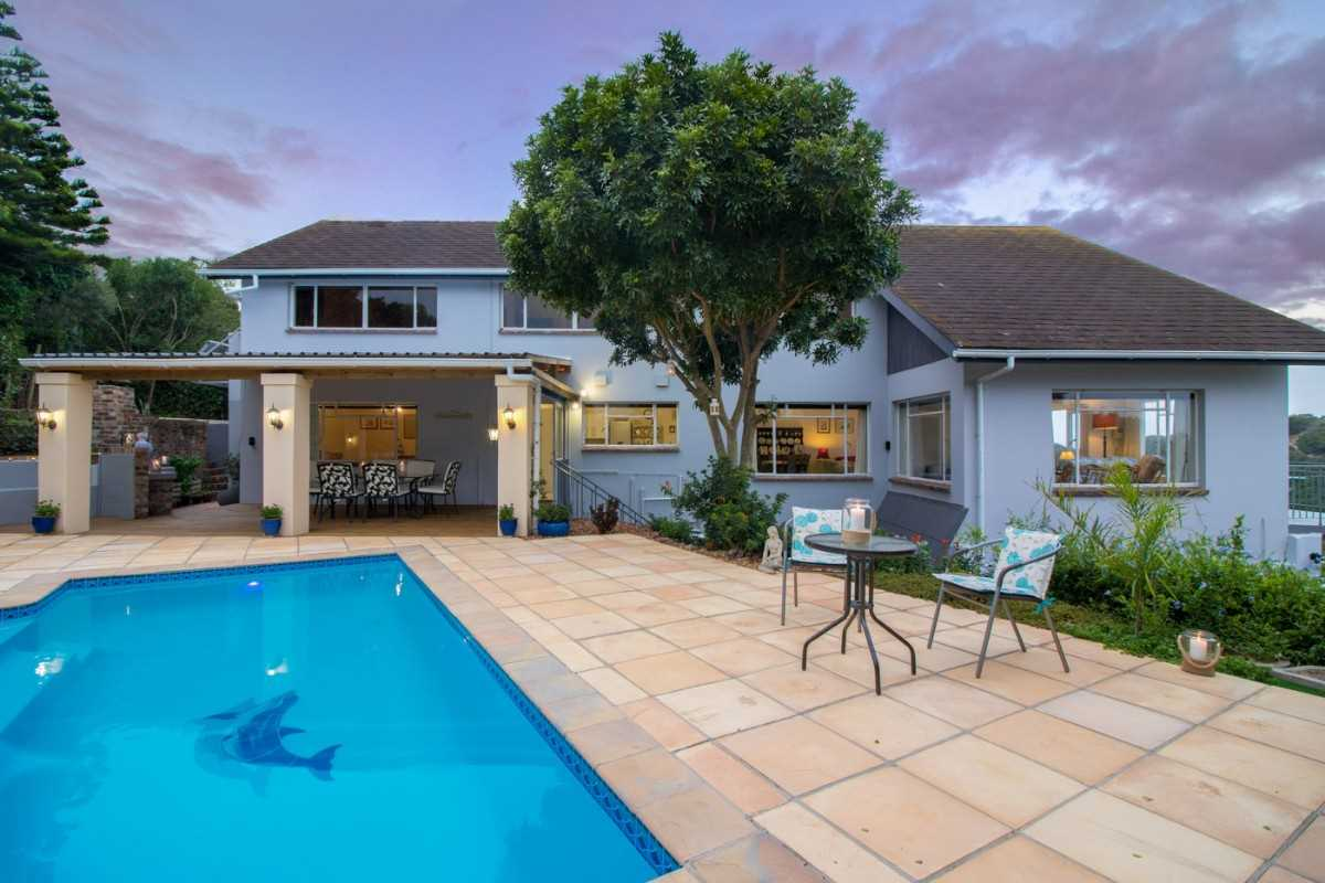 Newly Renovated Home Overlooking the Ocean in Port Alfred