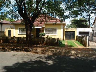 Roodepoort, Roodepoort North Property  | Houses For Sale Roodepoort North, Roodepoort North, House 2 bedrooms property for sale Price:690,000