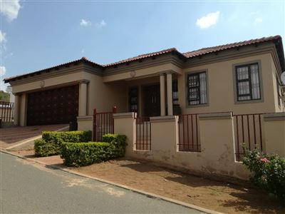 Property and Houses for sale in Mabopane (All), House, 3 Bedrooms - ZAR 1,100,000