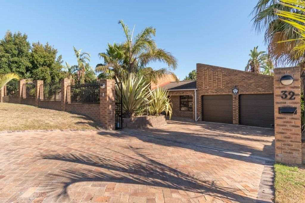 Aurora Low Maintenance Family Home - R3,295,000